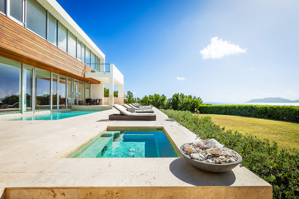 Anguilla Villas Beache Edge Terrace