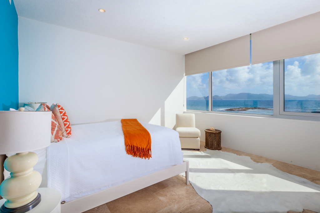 Anguilla Villas Beaches Edge East Blue Queen